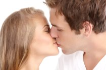 Dating tips and kissing