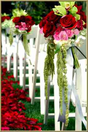 Red pink wedding decorations