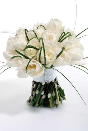 wedding flowers roses. White rose bridal bouquet